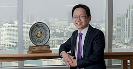 บล.ไทยพาณิชย์ คว้ารางวัล 2 ปีซ้อน งาน SET Awards 2019 บริษัทหลักทรัพย์ยอดเยี่ยม ด้านการให้บริการหลักทรัพย์แก่นักลงทุนบุคคล (Best Securities Company Awards Individual Investors)